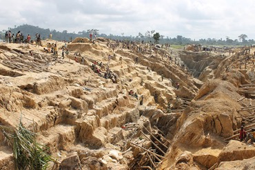 Small-scale gold mining in Cote d'Ivoire